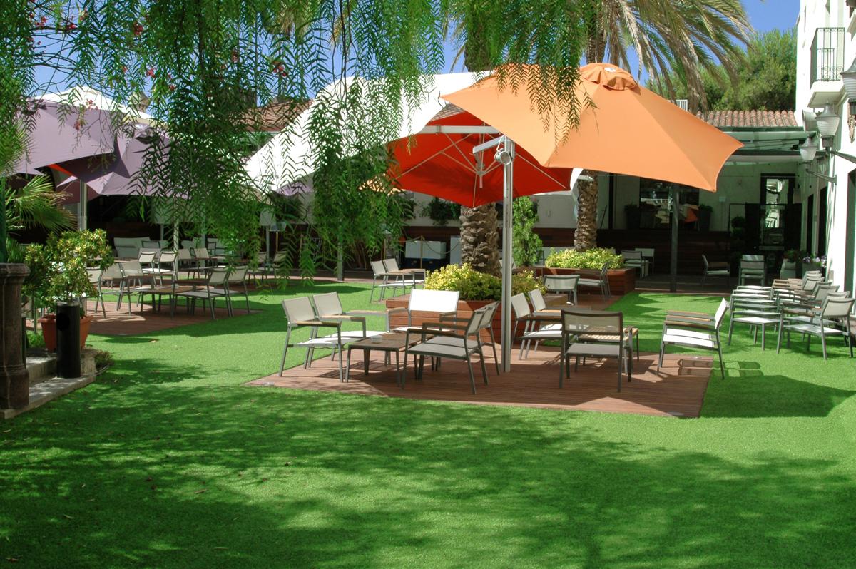 L 39 erba sintetica per il paesaggio verde pubblico - Erba artificiale per giardini ...