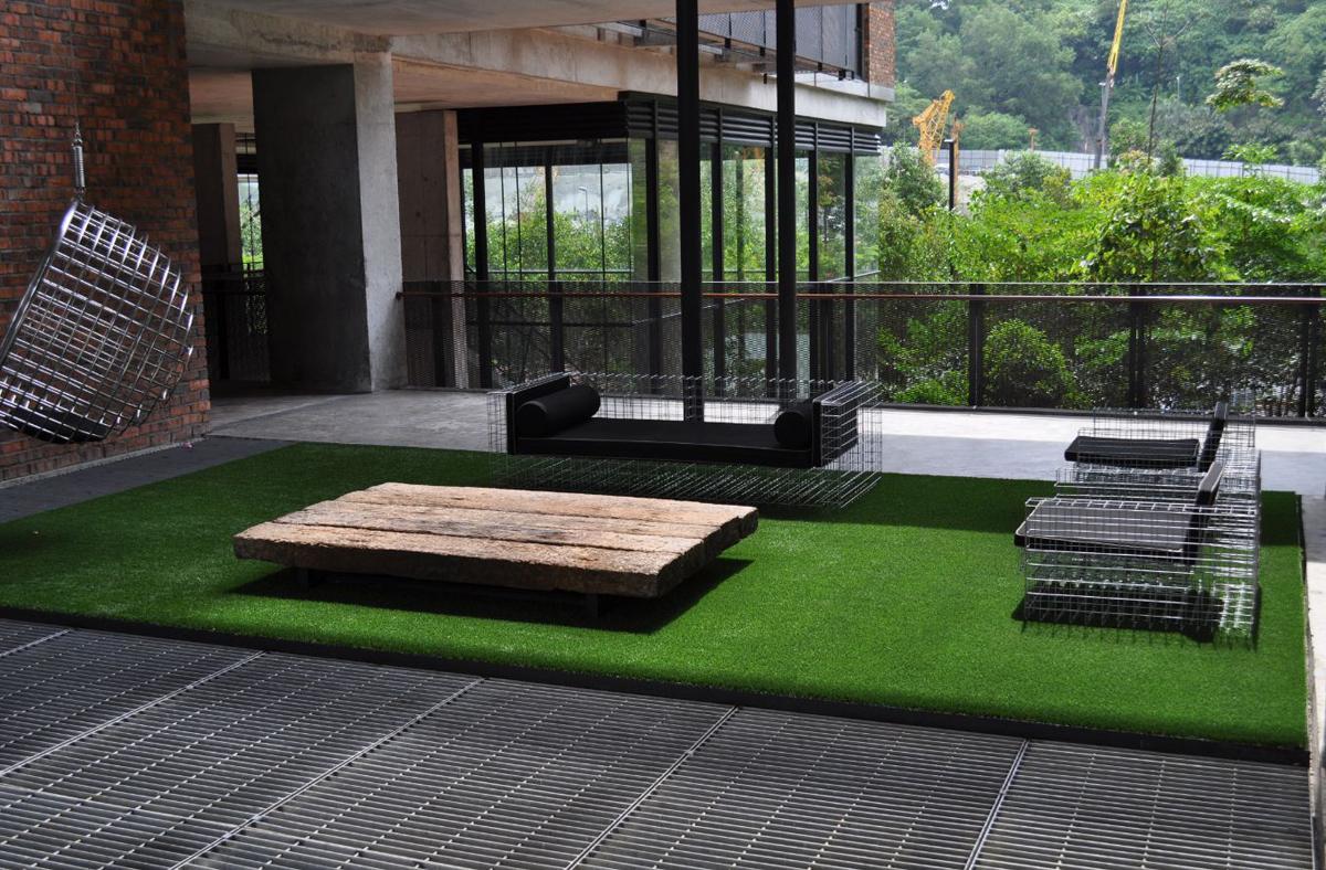 Stunning Posa Erba Sintetica Su Terrazzo Pictures - Design Trends ...